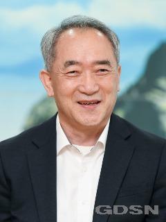 (2-1)이순동_경북도경찰위원회_위원장.jpg